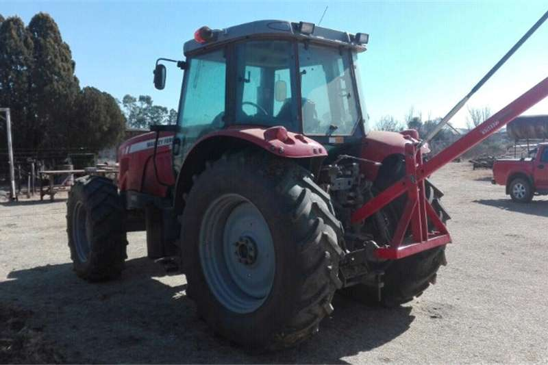 Four wheel drive tractors Massey Furgeson 5465 Tractors