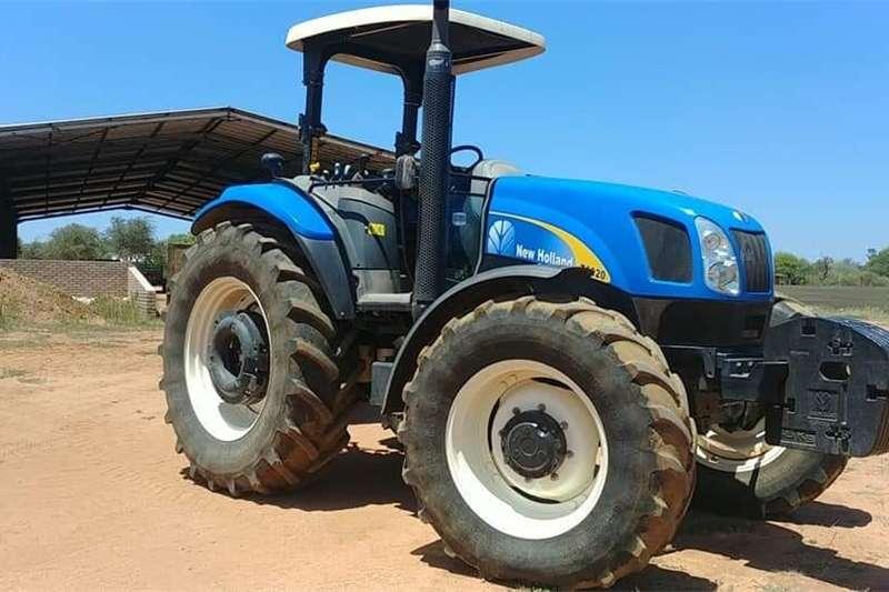 Four wheel drive tractors New Holland T6020 Tractors