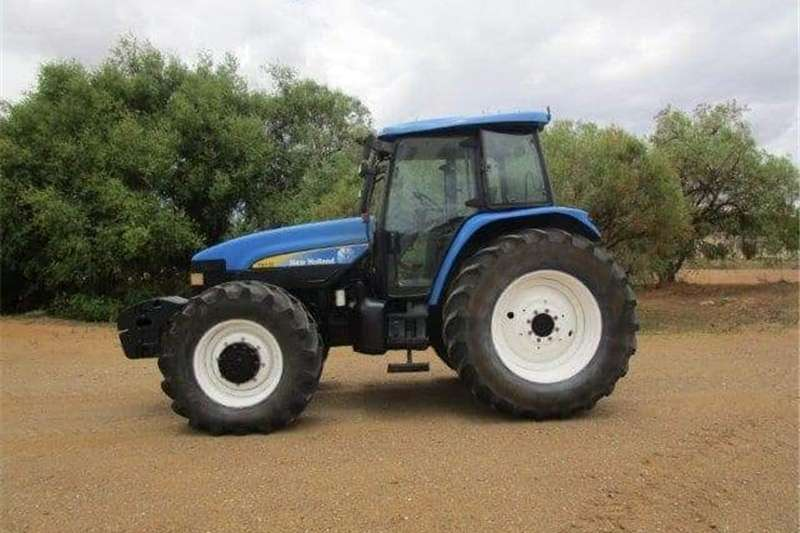 Four wheel drive tractors New Holland TM 155 4wd Tractors