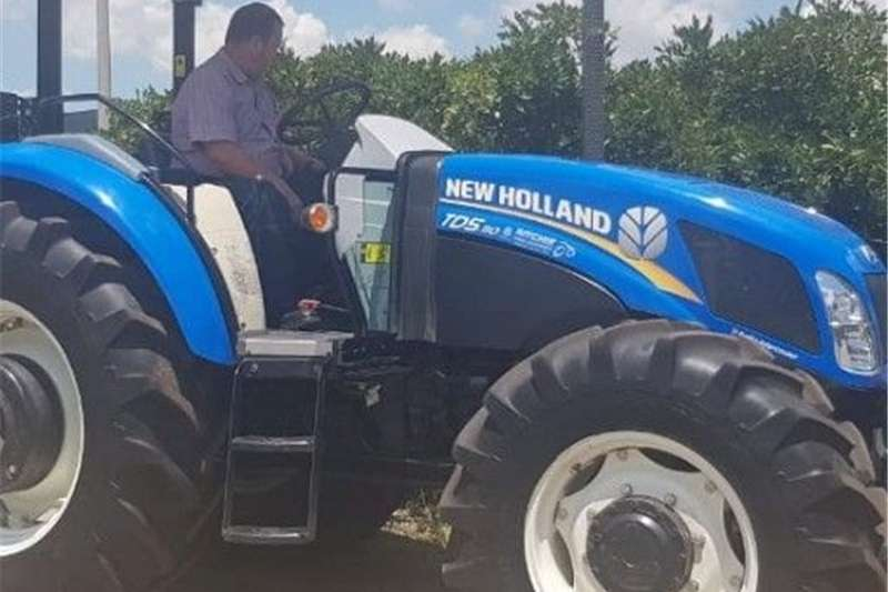Four wheel drive tractors New Holland Tractor Tractors