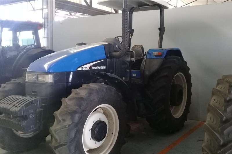 Tractors Four Wheel Drive Tractors New Holland TS120