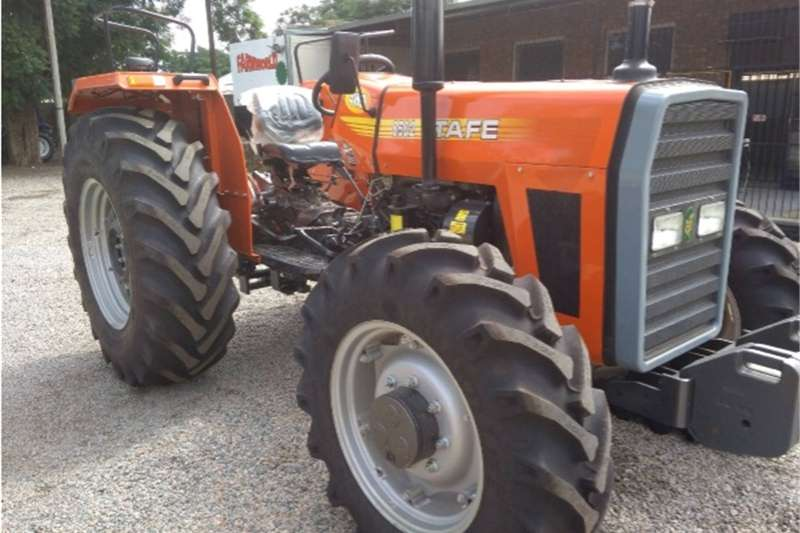 Four wheel drive tractors S2796 Orange TAFE 8502 61kW 4x4 New Tractor Tractors