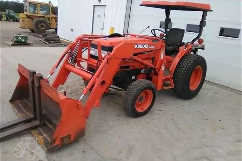 Tractors Four Wheel Drive Tractors Used Kubota L3010 Compact Tractor; 3 Range Hydro;