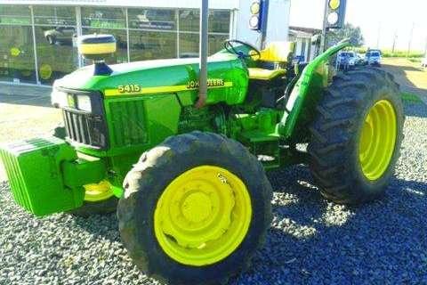 Tractors John Deere 2002