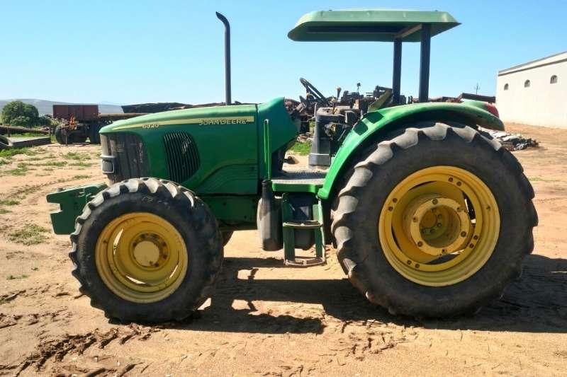 John Deere 6320 4X4 Tractors