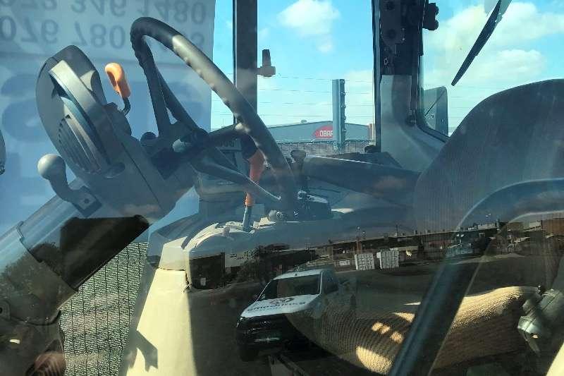 John Deere 6630 PREMIUM Tractors