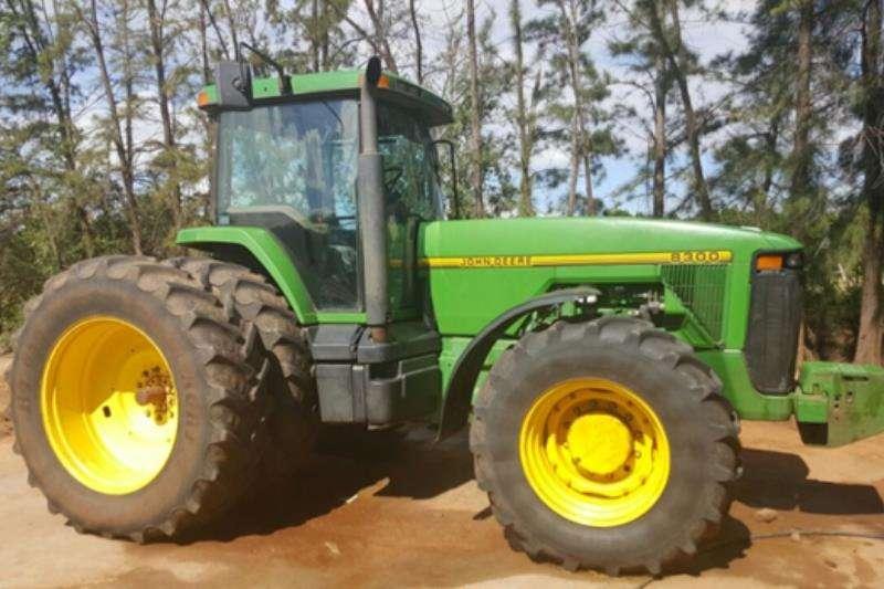 Tractors John Deere 8300 1995