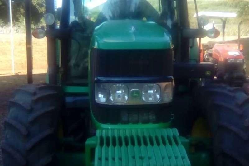 John Deere Four wheel drive tractors John Deere 6430 P/Cab AT Ready Tractors