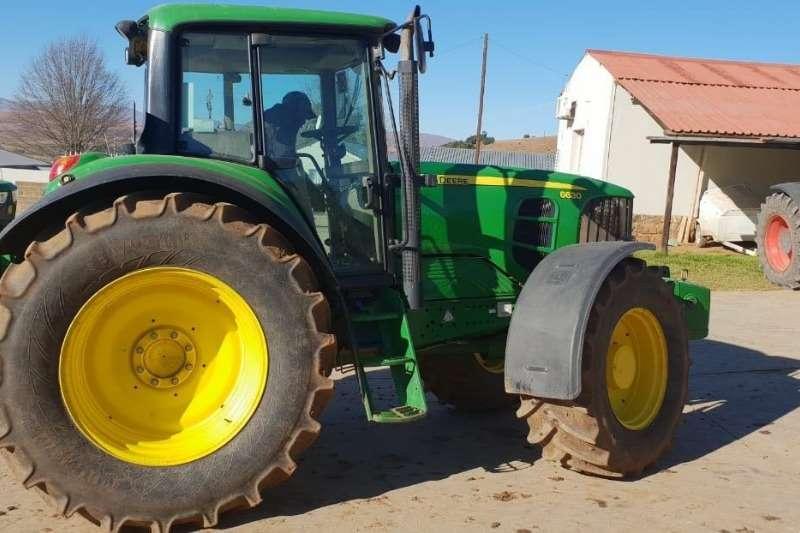 John Deere Four wheel drive tractors John Deere 6630 Standard Cab Tractors
