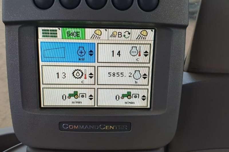 John Deere Four wheel drive tractors John Deere 6930 P/Cab AT RTK Tractors