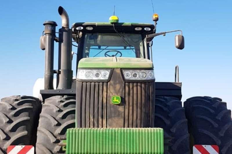 John Deere Four wheel drive tractors John Deere 9560 R Tractors