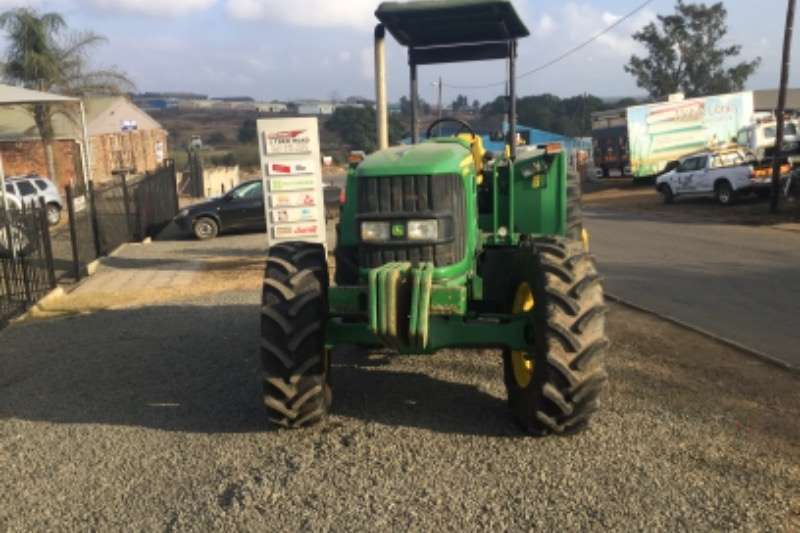 John Deere John Deere 6100d Tractors