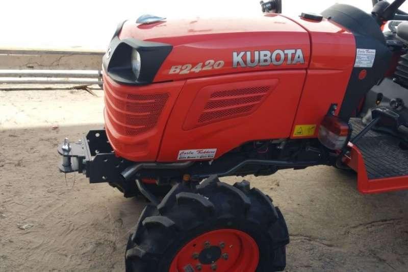 Kubota Four wheel drive tractors Brand NEW B2420 17.0kW24HP 3 cylinder, 4WD Tractors
