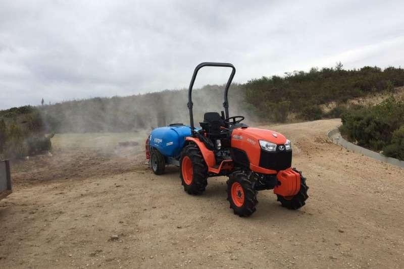 Kubota Four wheel drive tractors Brand NEW B2650 HST 19.1kW/26HP, 3 cylinder 4WD Tractors