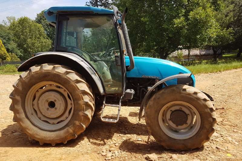 Landini Four wheel drive tractors 105 Cab Wet Clutch Tractors