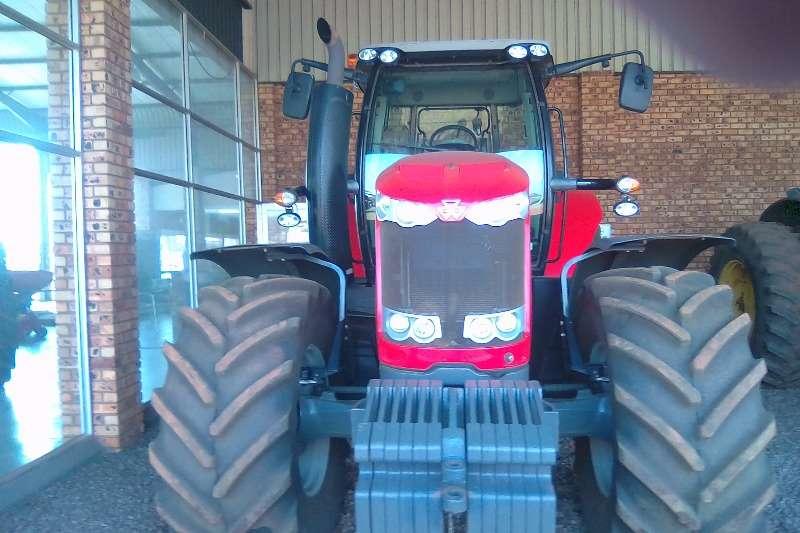 Massey Ferguson Four wheel drive tractors Massey Ferguson 7620 Tractors