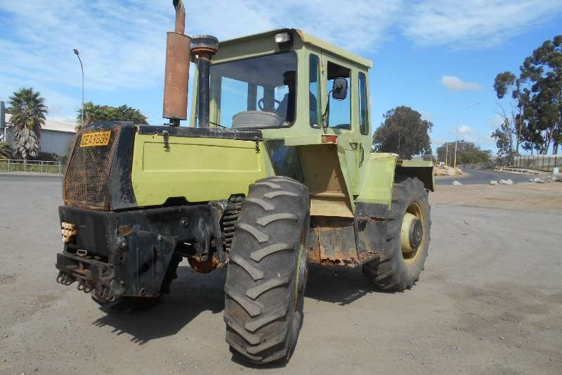 Mercedes Benz Four wheel drive tractors Mercedes Benz 1300 Tractors