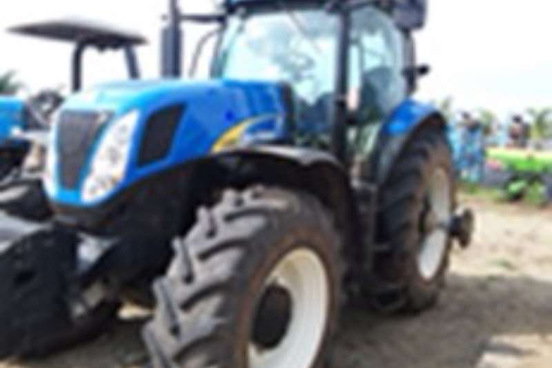 Tractors New Holland 7060 2014