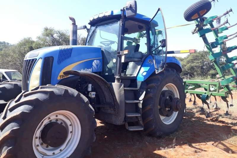 New Holland Four wheel drive tractors New Holland T 8040 Tractors