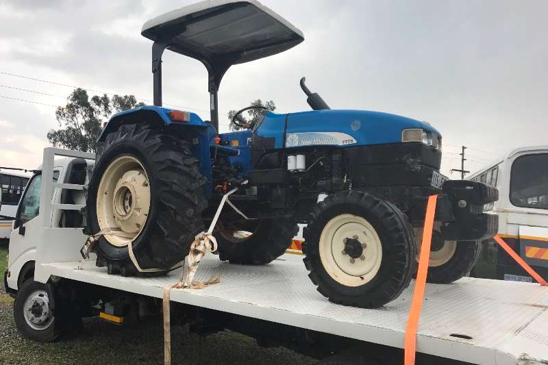 New Holland Utility tractors NEW HOLLAND TT75 TRACTOR R159000 Tractors
