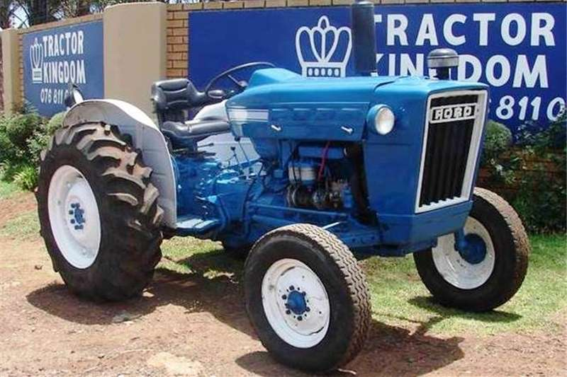 Tractors Other Tractors Ford 3000 2WD Tractor Refurbished and Resprayed