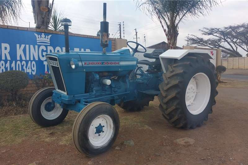 Tractors Other Tractors Ford 4000 2WD Tractor Refurbished and Resprayed