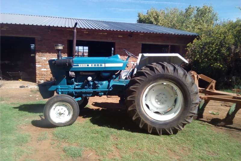 Other tractors Ford 6600 tractor Tractors