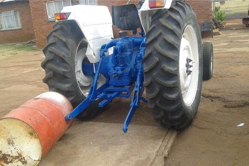 Other tractors Ford 6600 trekker Tractors
