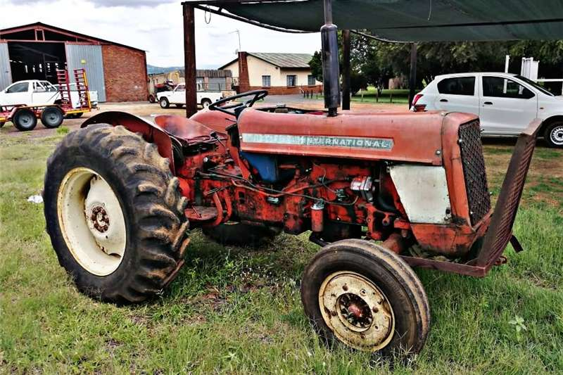 Other tractors International 444 for sale Tractors