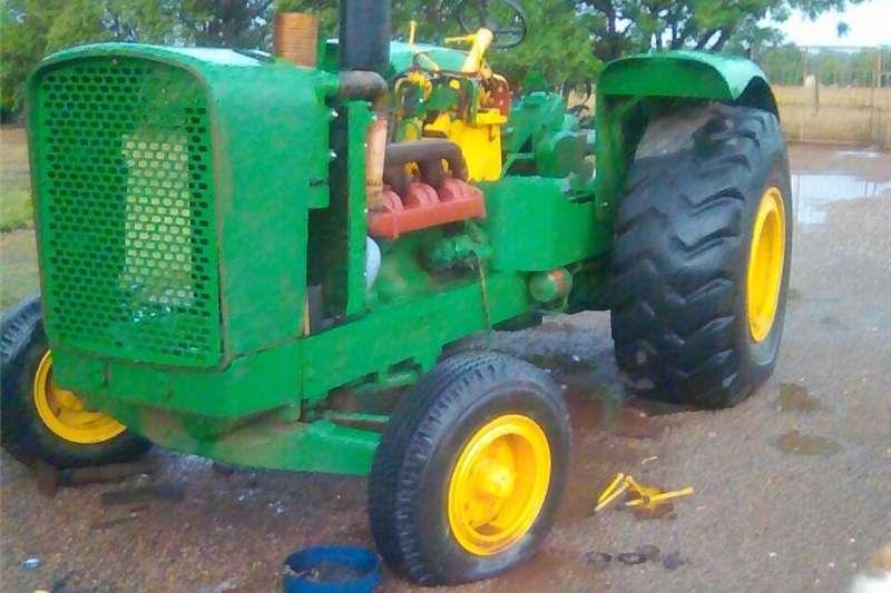 Other tractors JOHN DEERE 5010 ONLY 980 HOURS Tractors