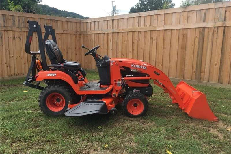"""Tractors Other Tractors KubotaBX2370 Tractor w/loader & 60"""" mower 23 HP 2016"""