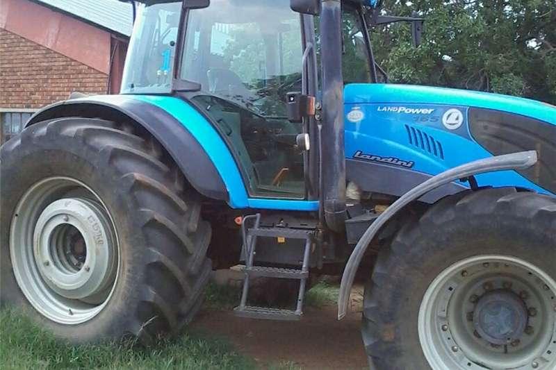 Other tractors landini 165 auto steer tracktor Tractors