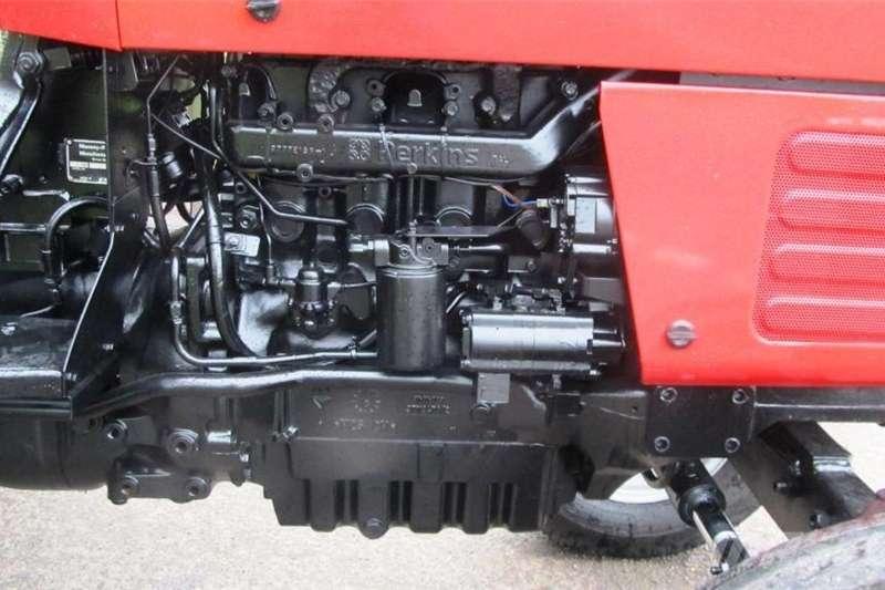 Other tractors Massey Ferguson 390 2WD tractor, 80 horse power, p Tractors