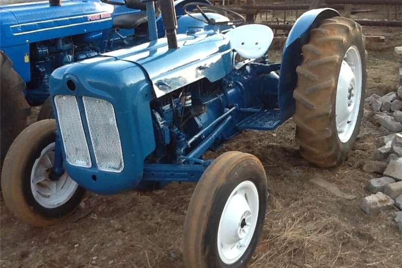 Other tractors tractor fordson dexta Tractors