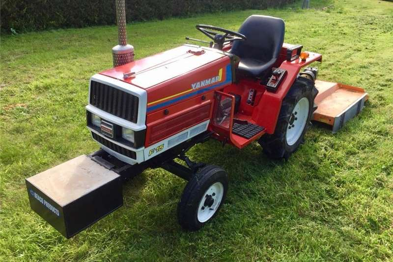Other tractors Yanmar F15 tractor new topper, transport box, chai Tractors