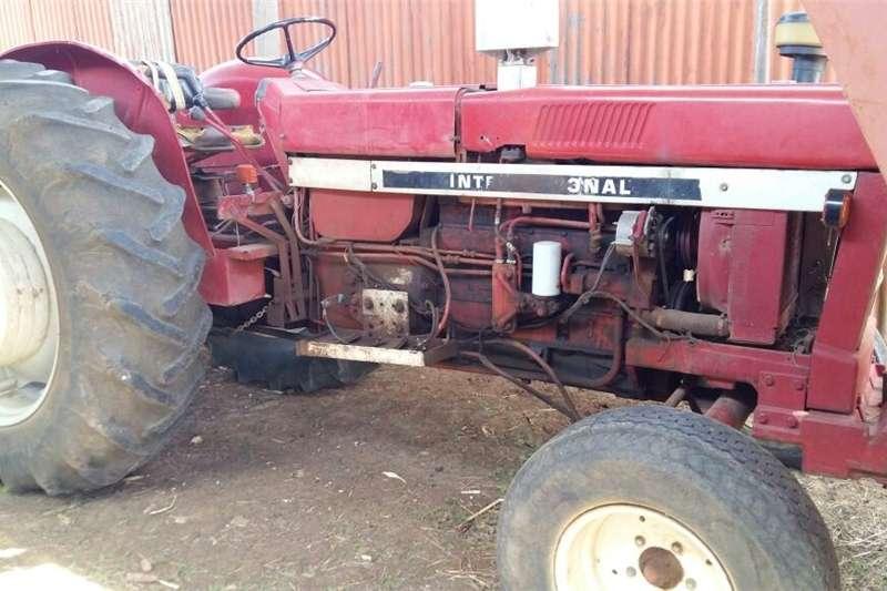 Two wheel drive tractors 1246 IH TREKKER TE KOOP Tractors