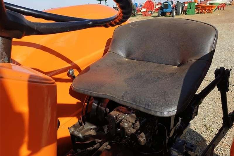 Two wheel drive tractors Fiat 450 4x2 Tractors