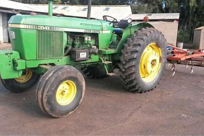 Tractors Two Wheel Drive Tractors John Deere 341 4x2 1985