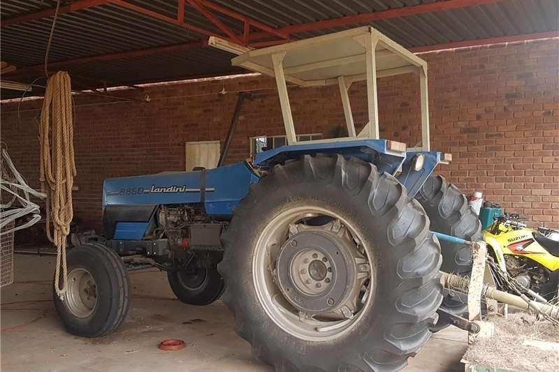 Two wheel drive tractors Landini 8860 Tractors