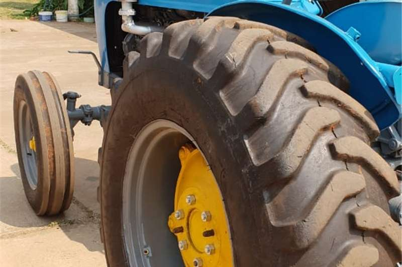 Two wheel drive tractors Landini r7000 for sale Tractors