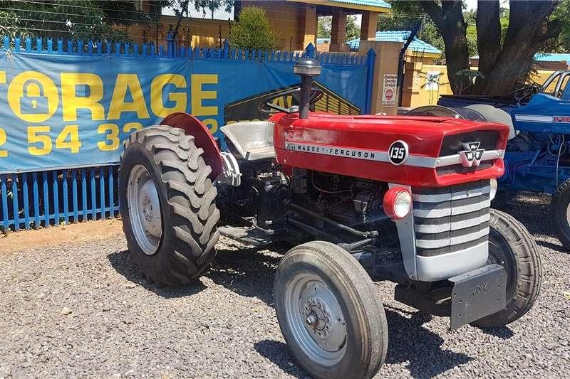 Two wheel drive tractors Massey Ferguson 135 Tractors