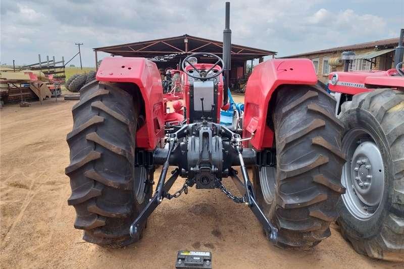 Two wheel drive tractors Massey Ferguson 165 Tractors