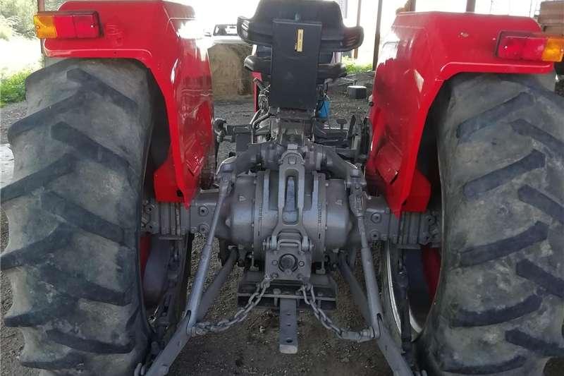 Two wheel drive tractors Massey Ferguson 265 Tractors