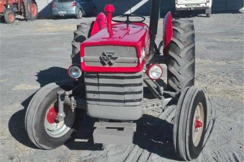 Two wheel drive tractors Massey Furgeson 135 Tractors