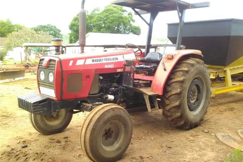 Tractors Two Wheel Drive Tractors Massey Furgeson SE 2x4 with Canopy 2008
