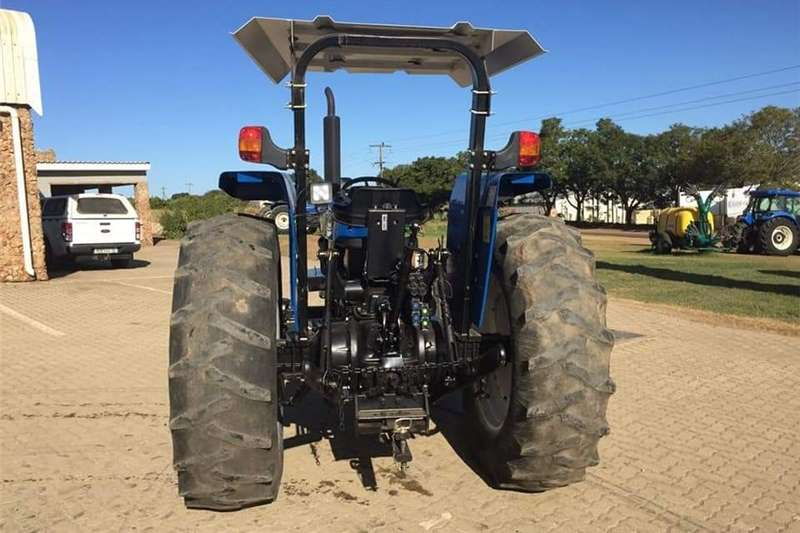Two wheel drive tractors New Holland 6610 S Tractors
