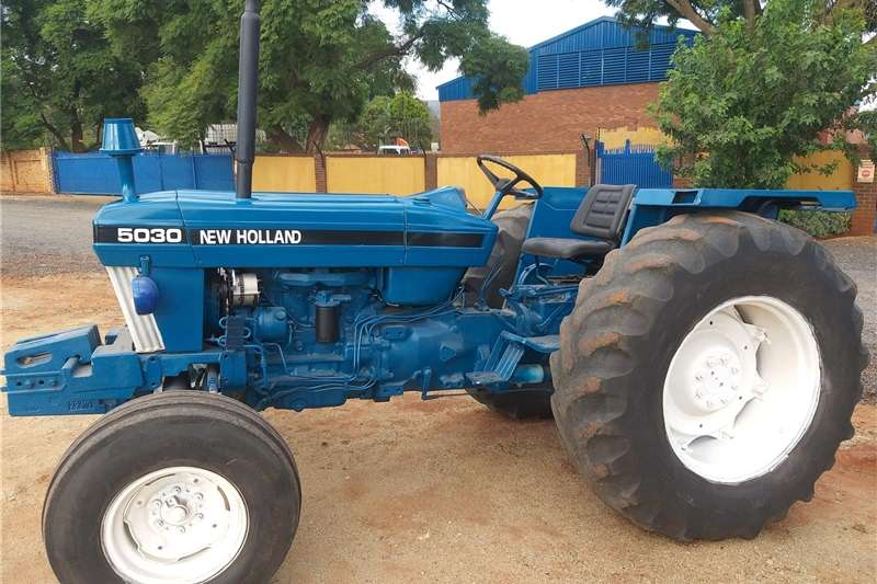 Tractors Two Wheel Drive Tractors Newholland  5030