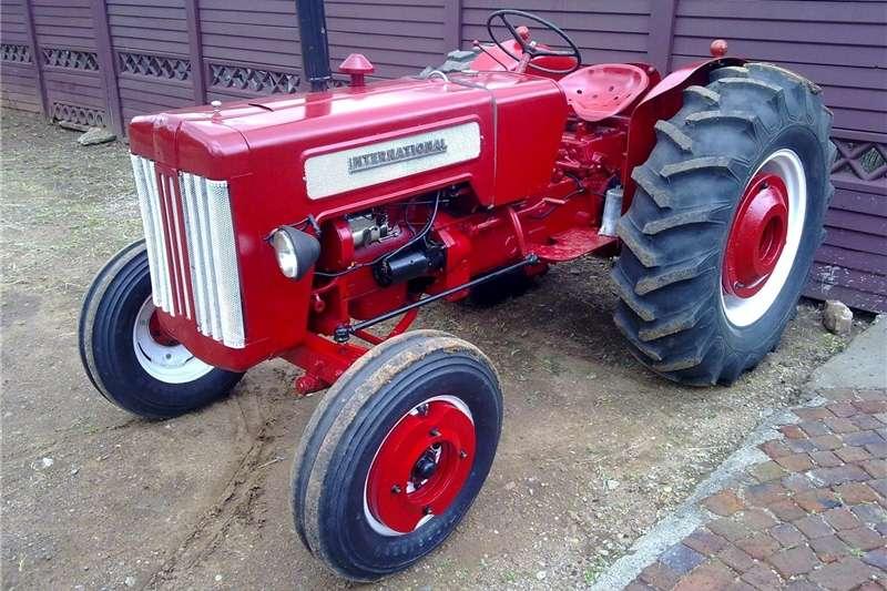 Two wheel drive tractors Rebuild tractor  , trekker te koop Tractors
