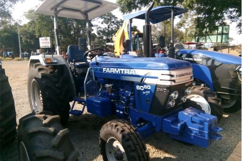 Two wheel drive tractors S2589 Blue Farmtrac 6060 60hp / 45kw 4X2 New Tract Tractors