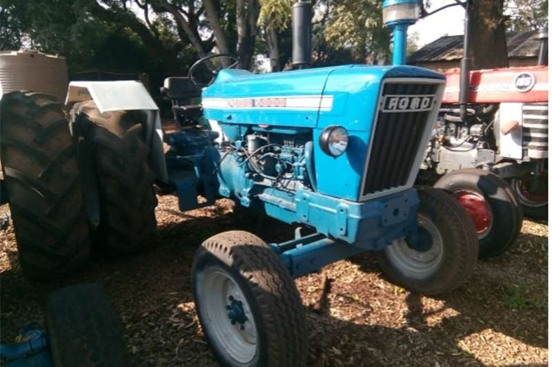 Two wheel drive tractors S2844 Blue Ford 5000 2x4 Pre Owned Tractor Tractors